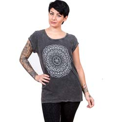 Bring Me The Horizon Ladies Tee: Kaleidoscope (Acid Wash)