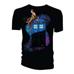 Doctor Who Unisex Tee: 10th Doctor Sitting on Tardis Space