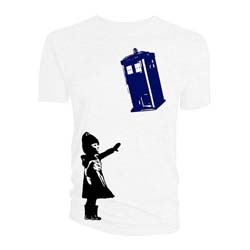 Doctor Who Ladies Tee: Little Girl and Tardis