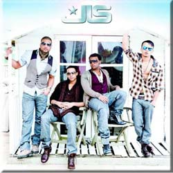 JLS Fridge Magnet: Beach Hut